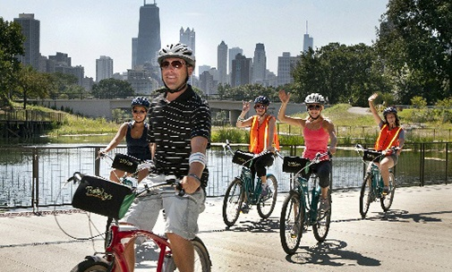 Group on Chicago Bike Tour along Lakefront