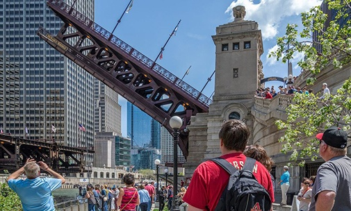 chicago riverwalk tour group